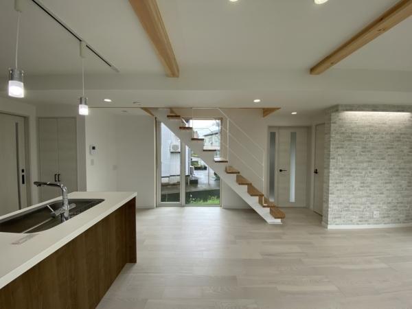 m-house02.jpg